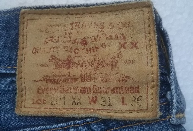 LVC Levi's201xx Leather label