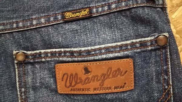 90s Wrangler Selvedge denim jeans Made in JAPAN W31 Pis name and leather label