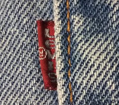 """1990s Levi's 501 Made in USA W33 Red tab """"Small e"""""""