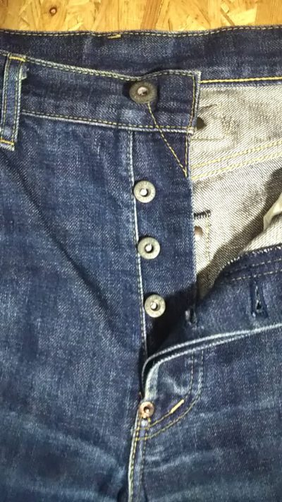 """90s Levi's 702""""30s 501 reprint"""" 140th anniversary Japan mode W32-33 V stitch """"top"""" button and Donut button and Crotch rivet"""