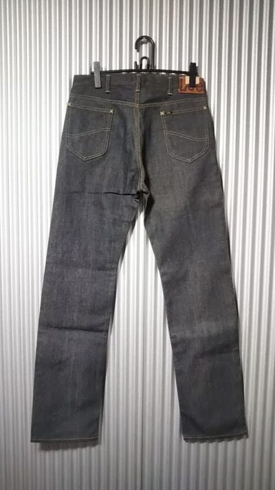 Back view of 40s Lee Riders jeans Reprint Unused Raw denim 90s made