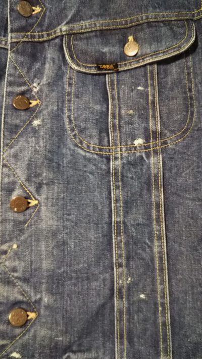 Front pocket and buttons - 70s Lee 101 LJ Storm Rider Jacket. Made in USA 1970-1973 size 40 LONG